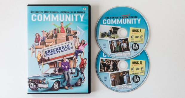 Community Seizoen 6 DVD Packshot