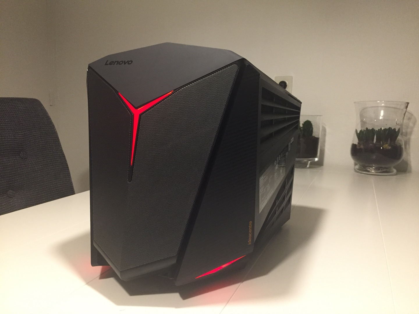 Review: lenovo y710 cube gaming pc entert1.nl